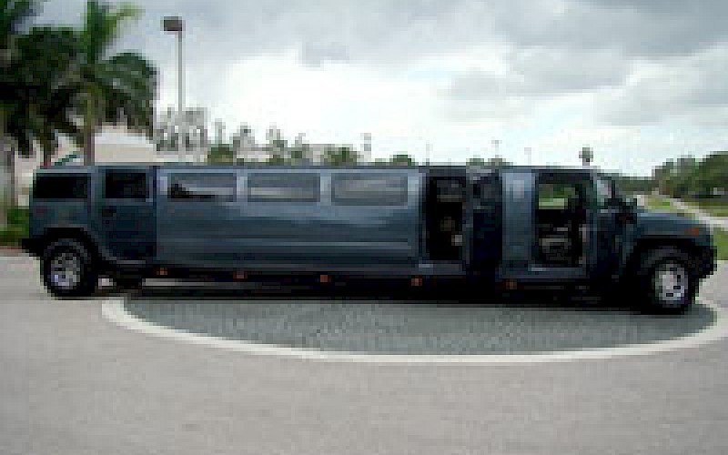 miami hummer limo hummer limousine miami limo bus. Black Bedroom Furniture Sets. Home Design Ideas