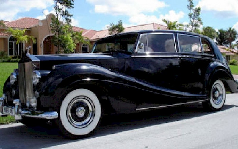 Rolls Royce Classic Limo Rental