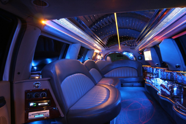 expedition limousine service