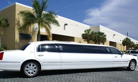 North Brunswick White Lincoln Limousine