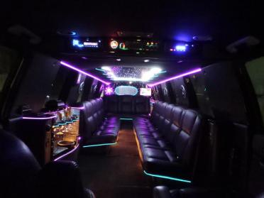 Columbus White Escalade Limo