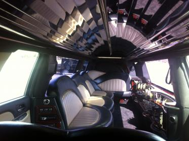 Columbus Black Escalade Limo