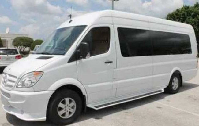 Ponte Vedra Beach Sprinter Bus