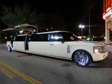 Overland Park Range Rover Limo