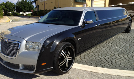 Brownsville Silver/Black Chrysler 300 Limo