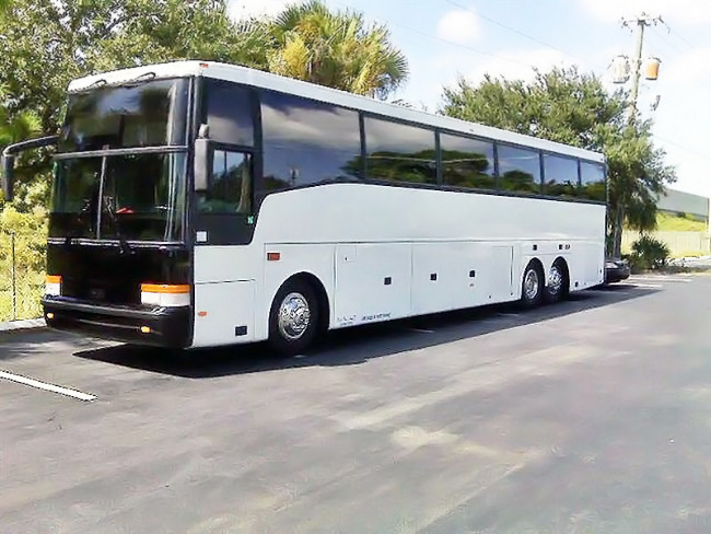 Palm Beach 40 Passenger Charter Bus