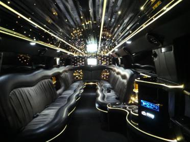 Hollywood Black/Pink Hummer Limo