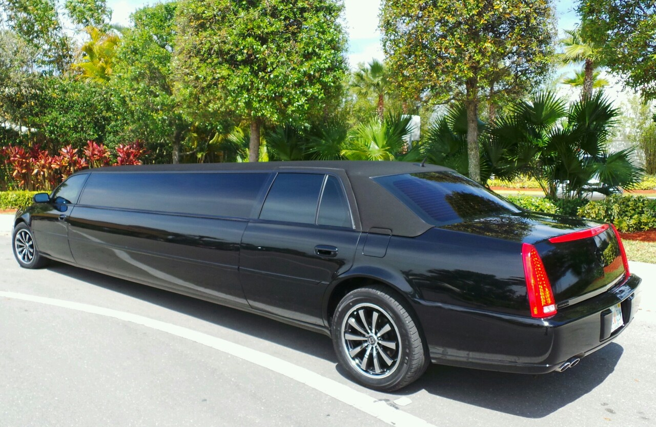 Tarpon Springs Cadillac Stretch Limo