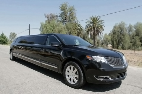 North Port Lincoln MKT Stretch Limo