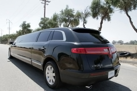 Tarpon Springs Lincoln MKT Stretch Limo